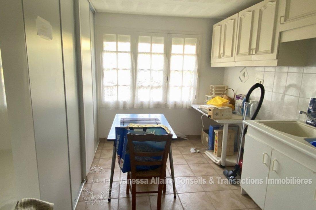Maison-Saint-Marc-sur-Mer-6